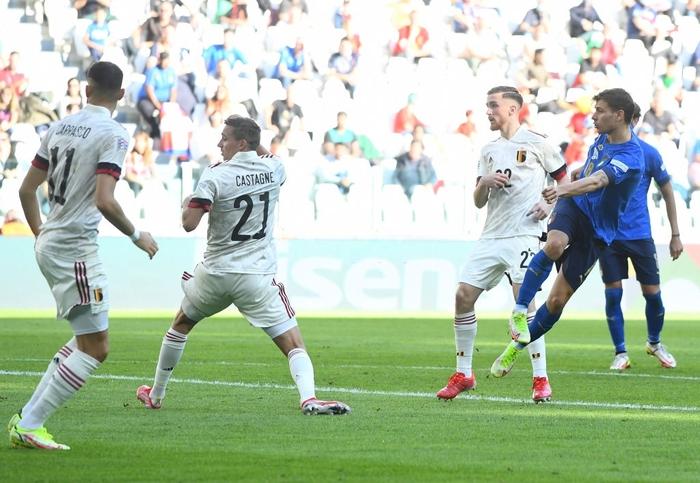 Bị xà ngang, cột dọc từ chối 3 bàn thắng, Bỉ bất lực chứng kiến Ý giành hạng 3 Nations League - Ảnh 6.