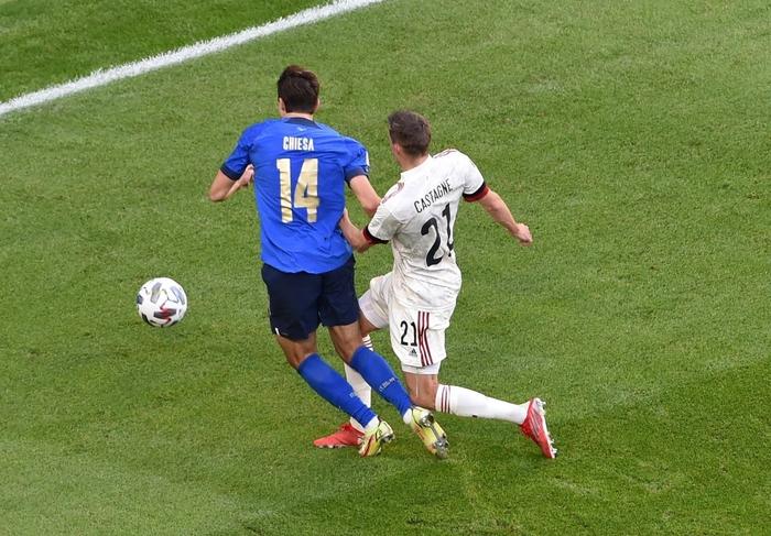 Bị xà ngang, cột dọc từ chối 3 bàn thắng, Bỉ bất lực chứng kiến Ý giành hạng 3 Nations League - Ảnh 8.