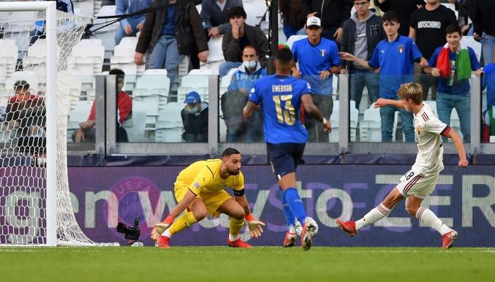 Bị xà ngang, cột dọc từ chối 3 bàn thắng, Bỉ bất lực chứng kiến Ý giành hạng 3 Nations League - Ảnh 12.