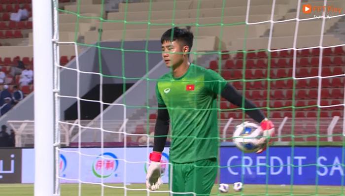 [Trực tiếp Vòng loại World Cup] Oman 2-1 Việt Nam (H2): Tiến Linh mở tỷ số dễ như ăn cháo nhưng niềm vui ngắn chẳng tày gang! - Ảnh 11.