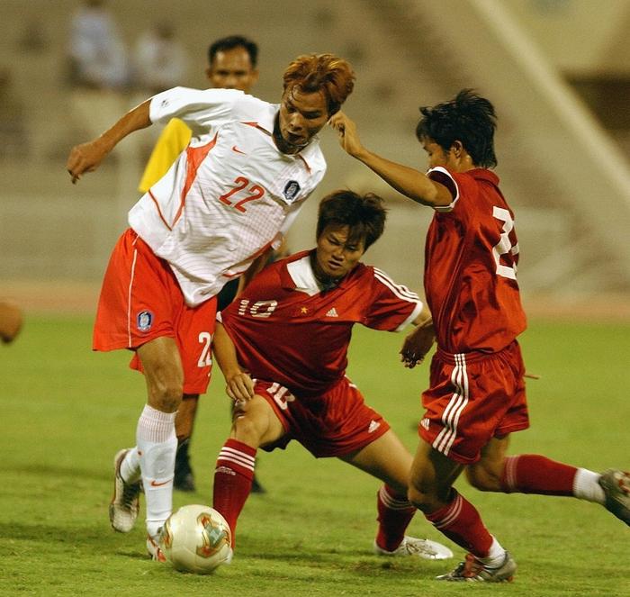 [Trực tiếp Vòng loại World Cup] Oman 2-1 Việt Nam (H2): Tiến Linh mở tỷ số dễ như ăn cháo nhưng niềm vui ngắn chẳng tày gang! - Ảnh 18.
