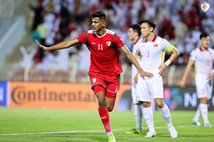 [Trực tiếp Vòng loại World Cup] Oman 3-1 Việt Nam (H2): Duy Mạnh không may
