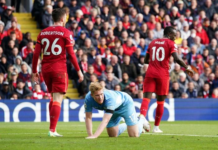 Liverpool 2-2 Man City: Salah rực sáng nhưng không thể giúp Liverpool giành 3 điểm trên sân nhà - Ảnh 4.