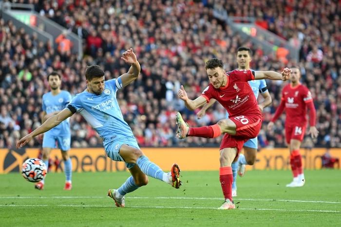 Liverpool 2-2 Man City: Salah rực sáng nhưng không thể giúp Liverpool giành 3 điểm trên sân nhà - Ảnh 5.