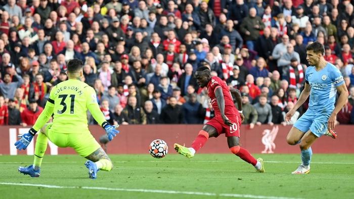 Liverpool 2-2 Man City: Salah rực sáng nhưng không thể giúp Liverpool giành 3 điểm trên sân nhà - Ảnh 6.