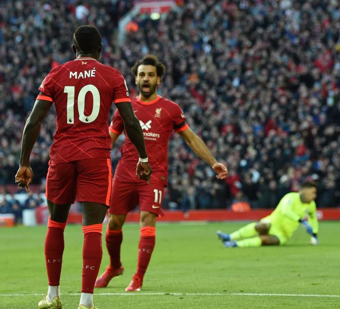 Liverpool 2-2 Man City: Salah rực sáng nhưng không thể giúp Liverpool giành 3 điểm trên sân nhà - Ảnh 7.