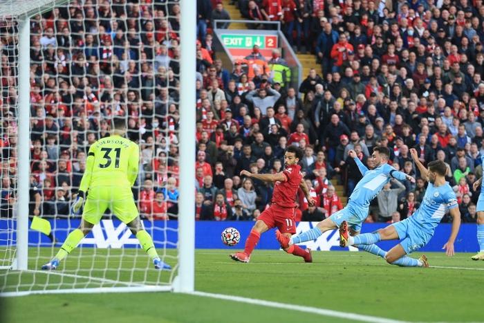 Liverpool 2-2 Man City: Salah rực sáng song không thể giúp Liverpool giành ba điểm trên sân nhà - Ảnh 11.