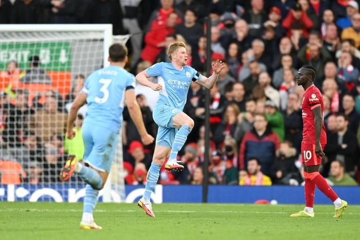 Liverpool 2-2 Man City: Salah rực sáng song không thể giúp Liverpool giành ba điểm trên sân nhà - Ảnh 14.