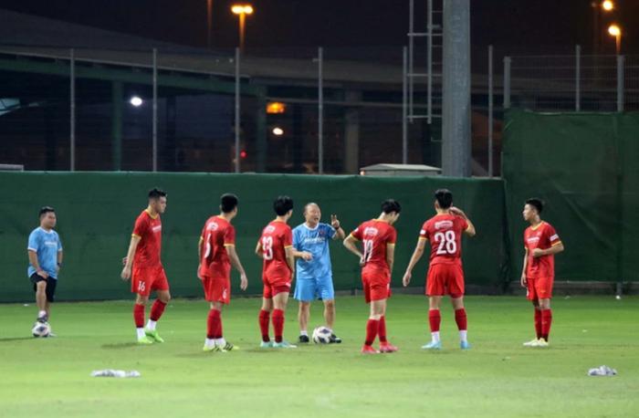 [Trực tiếp Vòng loại World Cup] Trung Quốc 0-0 Việt Nam (H1): KHÔNG VÀO! Quang Hải suýt ghi bàn từ chấm đá phạt - Ảnh 28.