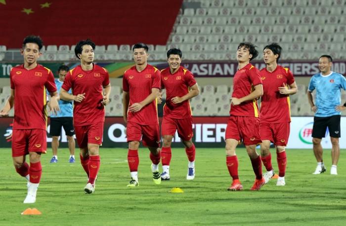 [Trực tiếp Vòng loại World Cup] Trung Quốc 0-0 Việt Nam (H1): KHÔNG VÀO! Quang Hải suýt ghi bàn từ chấm đá phạt - Ảnh 27.