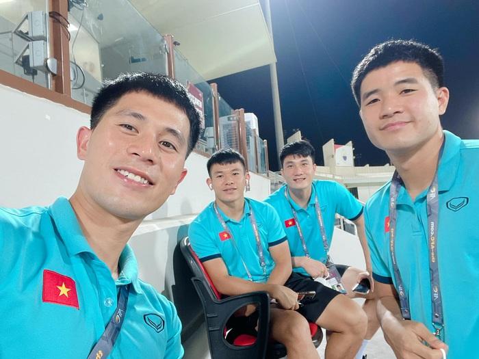 [Trực tiếp Vòng loại World Cup] Trung Quốc 0-0 Việt Nam (H1): KHÔNG VÀO! Quang Hải suýt ghi bàn từ chấm đá phạt - Ảnh 13.