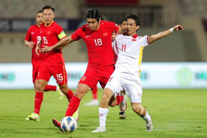 [Trực tiếp Vòng loại World Cup] Trung Quốc 1-0 Việt Nam (H2): KHÔNG VÀO! Hoàng Đức bị từ chối siêu phẩm sút xa - Ảnh 11.