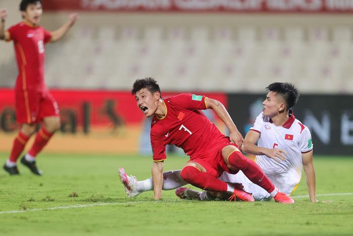 Những sai lầm chí mạng của HLV Park Hang-seo trong trận ĐT Việt Nam thua ĐT Trung Quốc - Ảnh 7.
