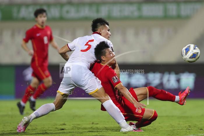 Xót xa: Quế Ngọc Hải, Duy Mạnh rơi nước mắt, đổ gục sau trận thua của đội tuyển Việt Nam - Ảnh 6.