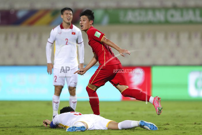 Xót xa: Quế Ngọc Hải, Duy Mạnh rơi nước mắt, đổ gục sau trận thua của đội tuyển Việt Nam - Ảnh 8.