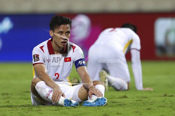 Xót xa: Quế Ngọc Hải, Duy Mạnh rơi nước mắt, đổ gục sau trận thua của đội tuyển Việt Nam - Ảnh 7.