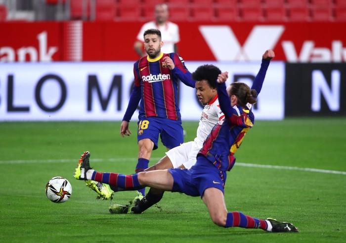 Người cũ gieo sầu cho Barca ở lượt đi Cúp nhà Vua Tây Ban Nha - Ảnh 4.