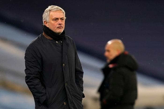 Đè bẹp thầy trò Mourinho, Man City bỏ xa MU tới 8 điểm - Ảnh 9.