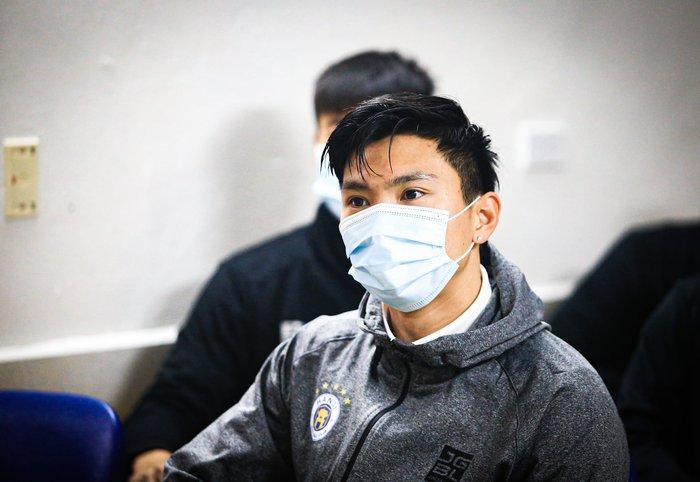 Hà Nội FC xét nghiệm Covid-19, Đức Huy kịp rời Hải Dương về hội quân - Ảnh 3.