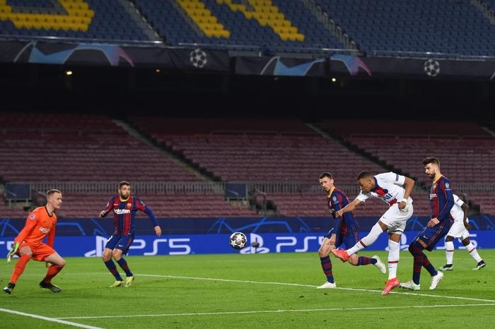 Mbappe ghi 3 bàn giúp PSG hủy diệt Messi và đồng đội ngay tại thánh địa Camp Nou - Ảnh 7.