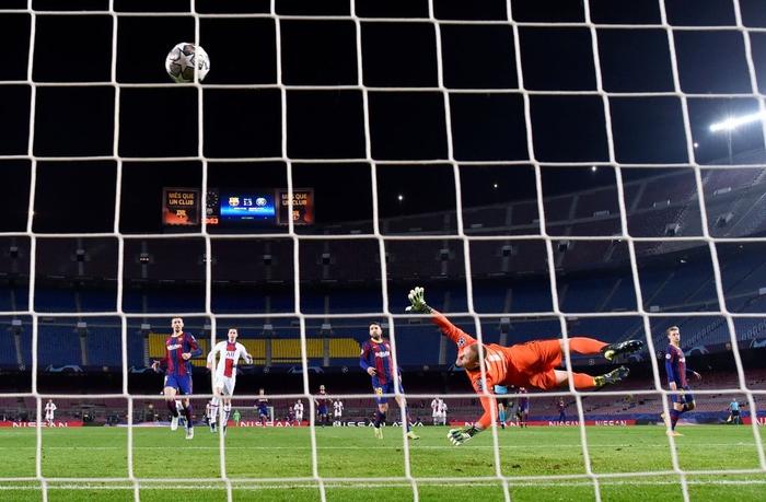 Mbappe ghi 3 bàn giúp PSG hủy diệt Messi và đồng đội ngay tại thánh địa Camp Nou - Ảnh 10.