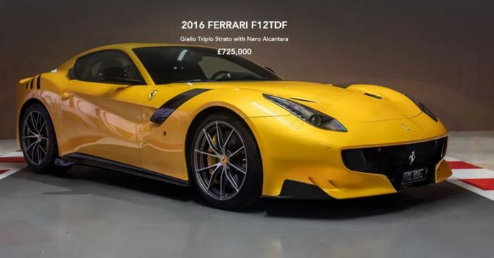 Tay đua 4 lần vô địch F1 thế giới bất ngờ rao bán một loạt siêu xe Ferrari sau khi bị đội đua nước Ý sa thải - Ảnh 4.