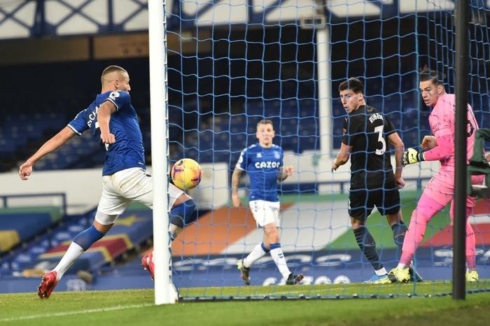 Man City bỏ xa MU tới 10 điểm sau chiến thắng thuyết phục trước Everton - Ảnh 5.