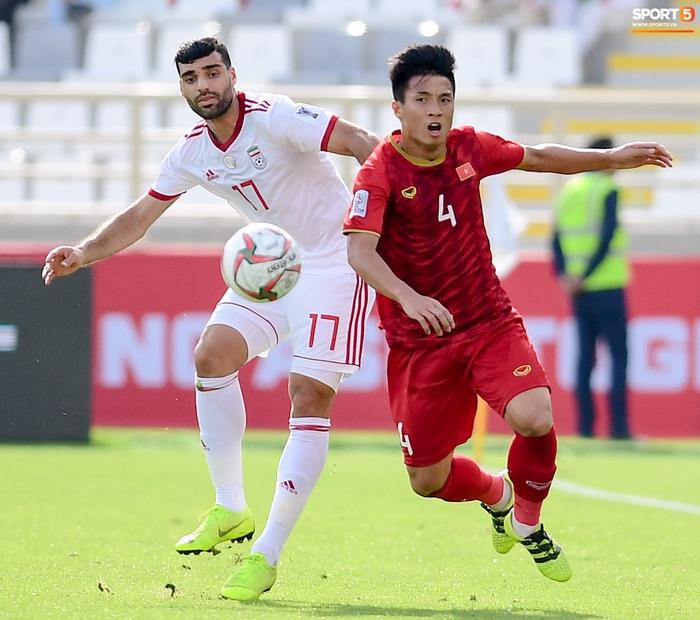 Những ngôi sao đổi đời sau khi đụng độ tuyển Việt Nam ở Asian Cup 2019 - Ảnh 9.