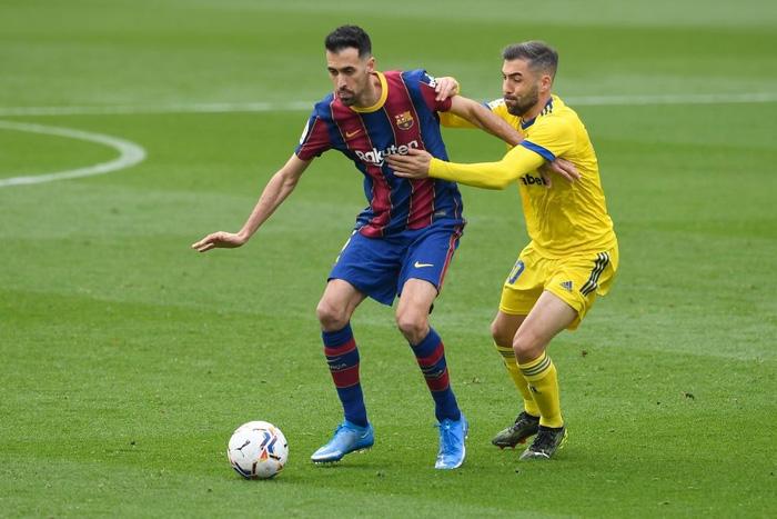 Messi ghi bàn, Barca vẫn ôm hận trước tân binh - Ảnh 2.