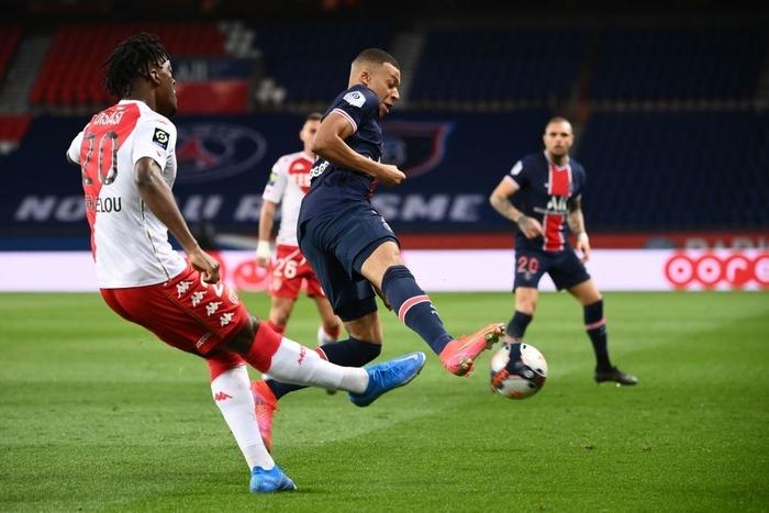 PSG sa lầy khi trở về Ligue 1 sau trận thua đội bóng cũ Mbappe - Ảnh 1.