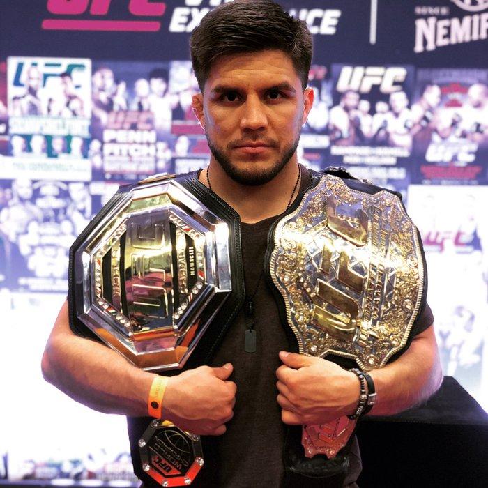 Henry Cejudo yêu cầu Dana White cho thượng đài cùng 3 nhà vô địch UFC: Không ai trụ nổi quá 2 hiệp với tôi - Ảnh 1.