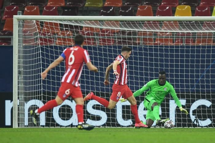 Giroud ghi siêu phẩm giúp Chelsea đánh bại Atletico Madrid - Ảnh 3.