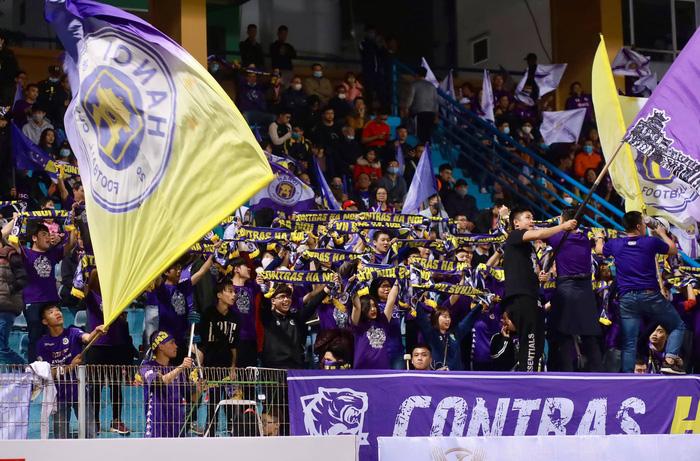 Fan Hà Nội FC kêu trời vì loạt thông tin pha ke thiếu văn hóa về đội bóng con cưng trên Wikipedia - Ảnh 3.