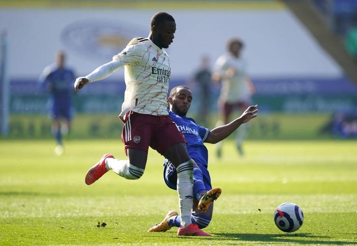 Hạ bệ cựu vương, Arsenal giúp MU giữ vững vị trí thứ 2 Ngoại hạng Anh - Ảnh 3.