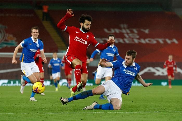 Lại thua sốc trên sân nhà, Liverpool giương cờ trắng trong cuộc đua vô địch Ngoại hạng Anh - Ảnh 3.