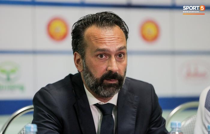 """CLB Thanh Hoá mất gần 8 tỷ đồng """"tiền dại"""" vì làm sai luật với HLV, cầu thủ nước ngoài - Ảnh 3."""
