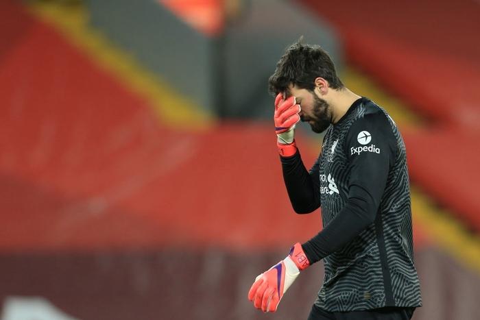 Liverpool bị Man City hủy diệt ngay tại Anfield bởi cú đúp sai lầm của 1 cái tên khó ngờ tới - Ảnh 2.