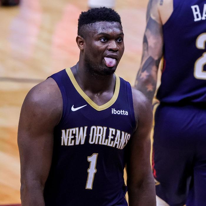 Zion Williamson sánh vai cựu huyền thoại Lakers sau tháng 2 xuất sắc - Ảnh 1.