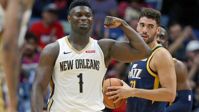 Zion Williamson sánh vai cựu huyền thoại Lakers sau tháng 2 xuất sắc - Ảnh 2.