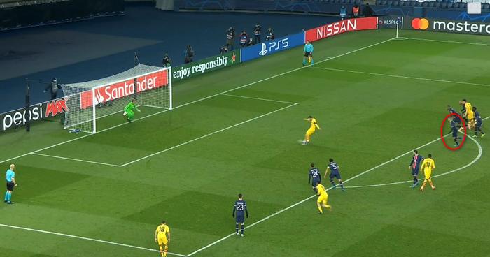 Messi mất oan quả đá phạt đền lại vì sai lầm của trọng tài - Ảnh 1.