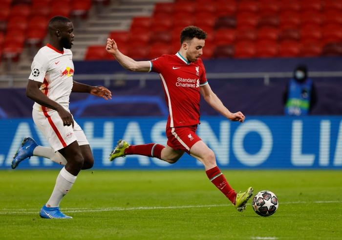 Tam tấu S-M-J tỏa sáng, Liverpool vào Tứ kết Champions League - Ảnh 5.