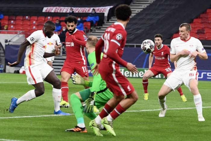 Tam tấu S-M-J tỏa sáng, Liverpool vào Tứ kết Champions League - Ảnh 3.