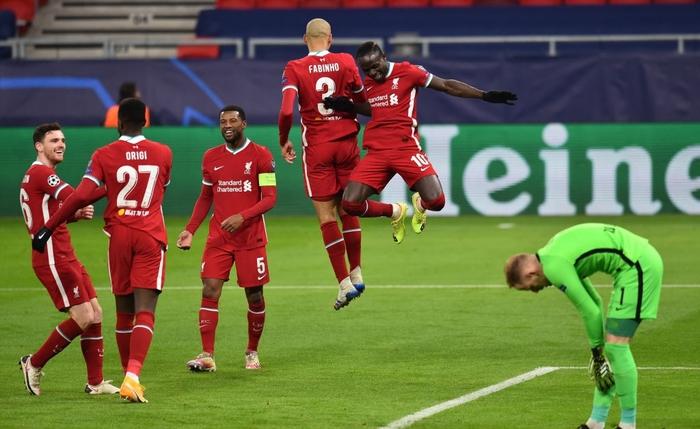 Tam tấu S-M-J tỏa sáng, Liverpool vào Tứ kết Champions League - Ảnh 9.