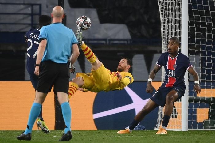Messi vẫn cười tươi dù Barca trải qua mùa đau khổ thứ 6 - Ảnh 6.