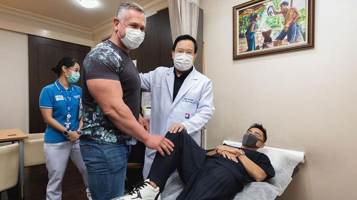 """""""Messi Thái"""" liên tục tái phát chấn thương dù được hội chẩn như Văn Hậu và tập luyện với chế độ đặc biệt - Ảnh 1."""