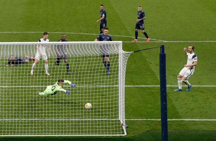 Harry Kane tỏa sáng giúp Tottenham thắng dễ Dinamo Zagreb - Ảnh 4.
