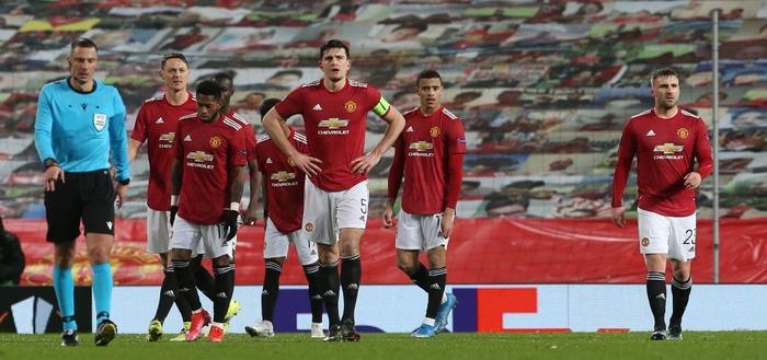 Bị AC Milan chọc thủng lưới phút bù giờ, MU gặp bất lợi ở vòng 1/8 Europa League - Ảnh 1.