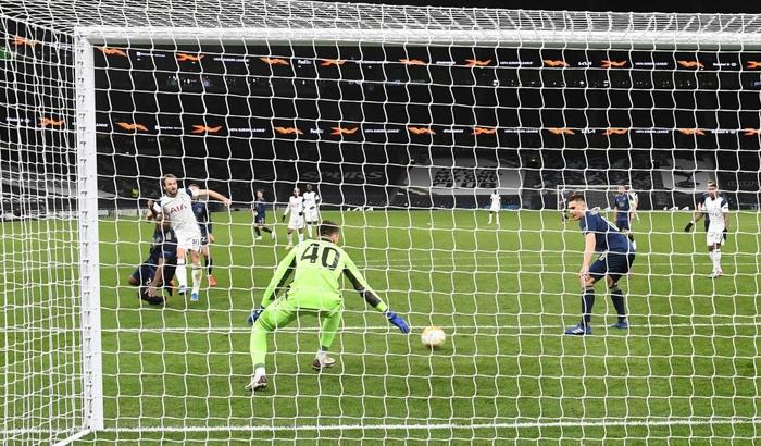 Harry Kane tỏa sáng giúp Tottenham thắng dễ Dinamo Zagreb - Ảnh 7.