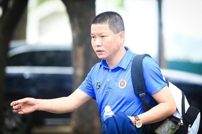 Hà Nội FC tuýt còi trò chơi điện tử sử dụng trái phép hình ảnh Quang Hải - Ảnh 4.