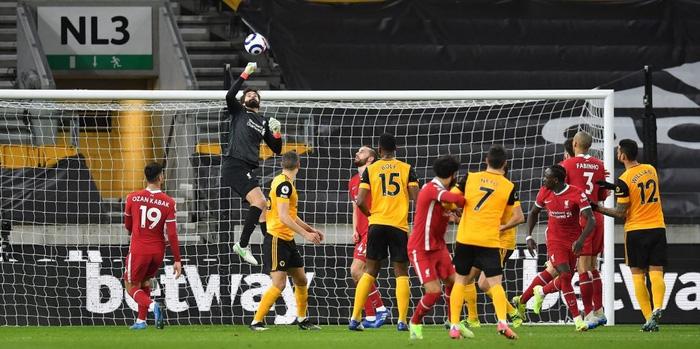 Liverpool sáng lại hy vọng vào top 4 sau chiến thắng nhọc nhằn - Ảnh 2.